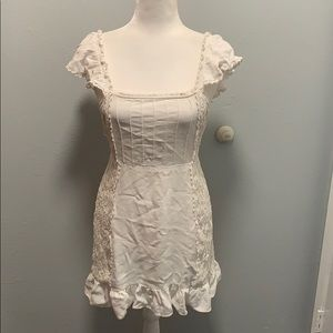 Cute White forever 21 dress size medium